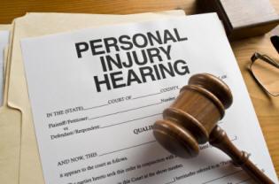 Injury Lawyer - personal injury clams